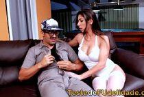 Pornotub com mulher gostosa brasileira sentando na pica