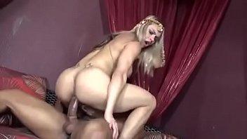 Sexhot .: Video porno Fernandinha dando o cu em Sex HOT