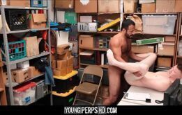 Xvideos com gays safados transando na biblioteca